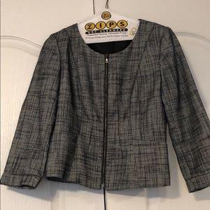 Tahari 3/4 sleeve blazer size 4